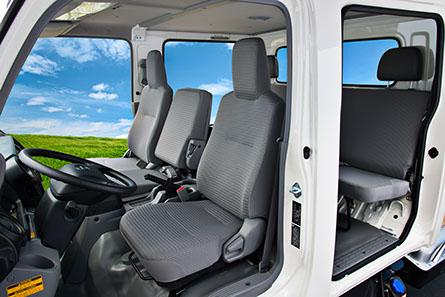 Hino Trucks Hino 195 Double Cab Medium Duty Truck
