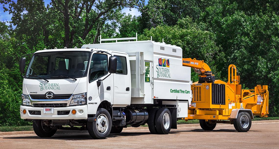 Hino Trucks Hino 195 Medium Duty Truck
